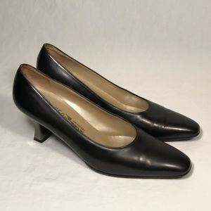 Salvatore Ferragamo Leather Pumps Women Size 9 2A